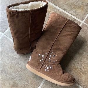 Justice brown boots size 1